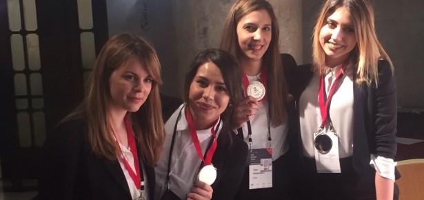 Студенти и алумни чланови ФОН-а други на такмичењу у решавању студије случаја у Москви