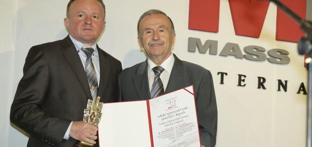 ФОН добио награду Еду Бизнис Партнер 2016