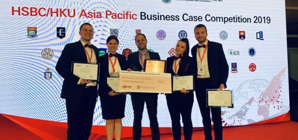 Studenti FON-a treći na svetskom takmičenju u rešavanju studije slučaja u Hong Kongu